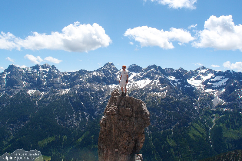 Bouldering on Hochvogel
