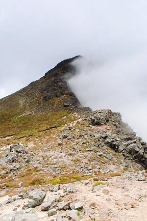 The ridge of Corazón in clouds.