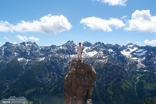 Bouldering on Hochvogel