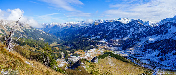 Schwarzwassertal as seen from Steinmandl east ridge.