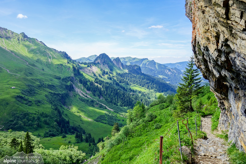 The scenic path to Gerachsattel from Sulzbachtal.
