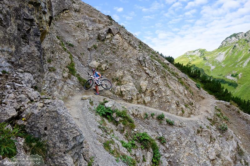 Crossing Schrofenpass into Austria