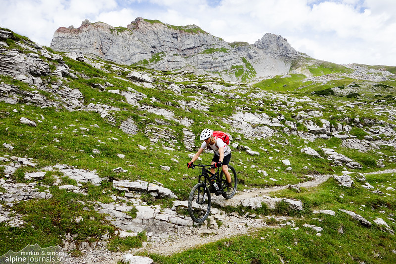 Biking below Rothorn