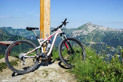 Hohe Ifen view from Kuhgehrenspitze.
