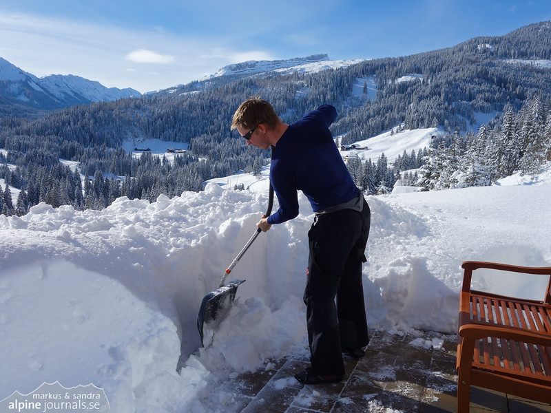 Finally proper winter! We've had around 70 cm of snow in three days. Several hiking roads around Kleinwalsertal were closed today (03.02.2015) due to avalanche risk. The conditions in and around the pists are very good.