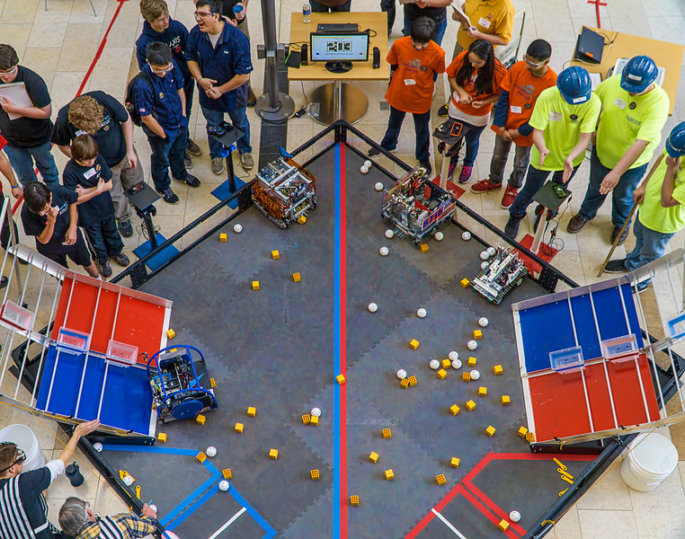 In this match the Aliens were the only team attempting an autonomous segment.