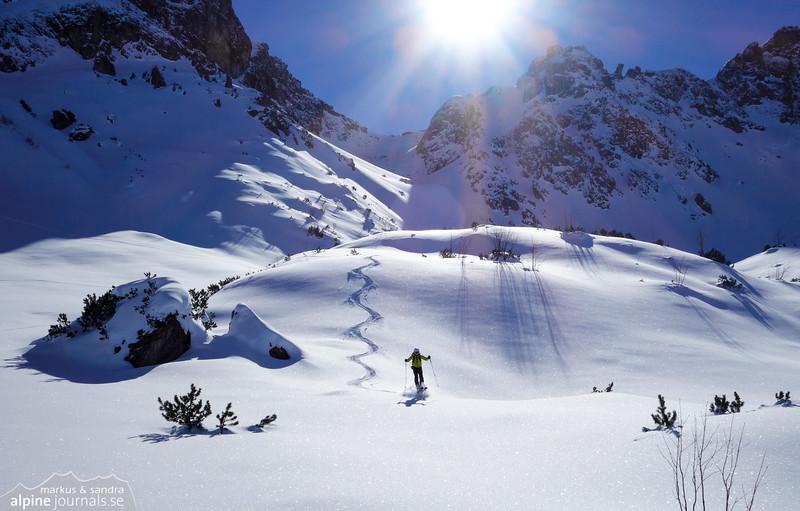 Fun in perfect snow as we were coming down from Alpgundkopf (2177m) in Allgäu