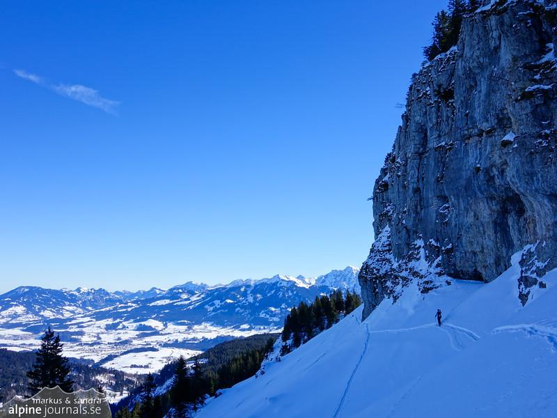 Having done Beslerkopf, we continue the traverse east to ascend Besler.