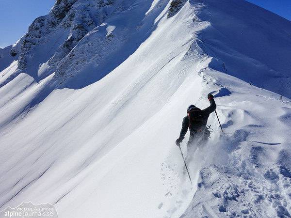 Crushing the cornice in the saddle between Grosser Seekopf and Zeiger