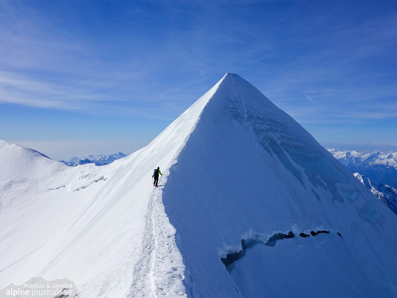 The ridge to Castor summit