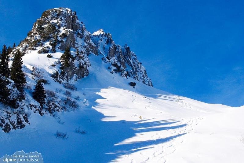 Powder skiing from Gamsfuss