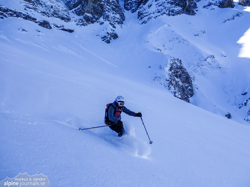 Markus riding the powder from Karlstor.