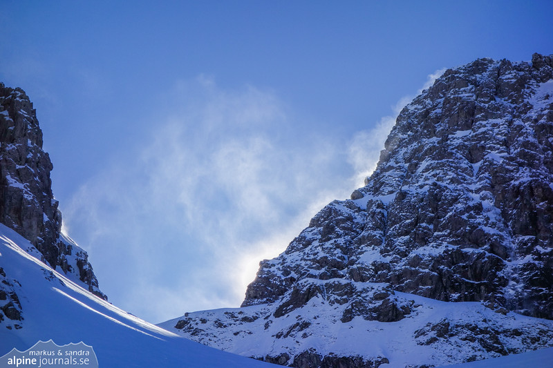 Whirling snow in the Karlstor saddle.