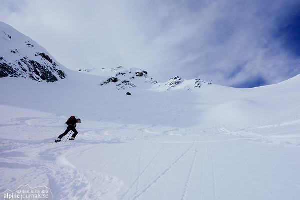 It gets steep near the summit of Tonigenkogel