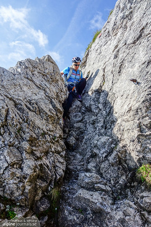 The first crux of the Hindelanger ferrata is right at the very beginning, a short down-climb, unbelayed.