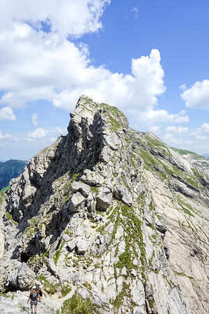 Another pair of beautiful summits, on the last third of the ferrata before Grosser Daumen.