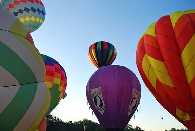 Plainville-Balloons 166-B