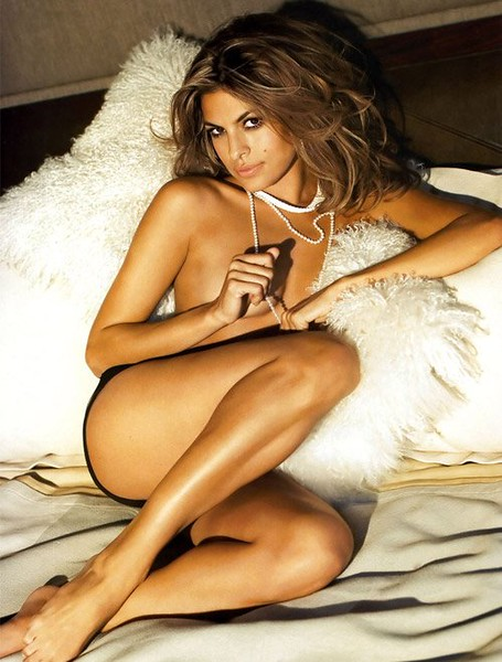 hot-masala-girl-eva-mendes-sexy-photo_650