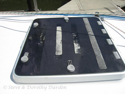 3M nonskid has largely failed. Foredeck hatch has lost all nonskid and most of adhesive.