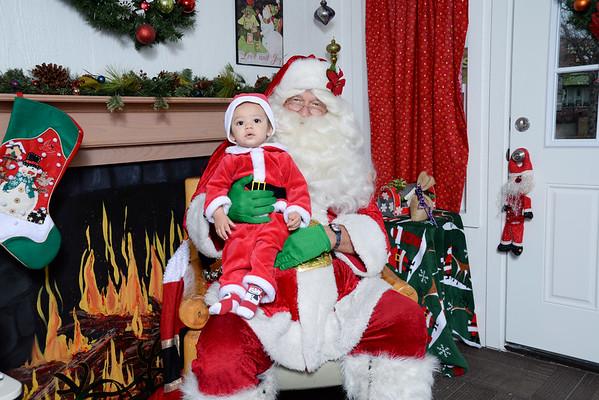 Adam Davis/Santa