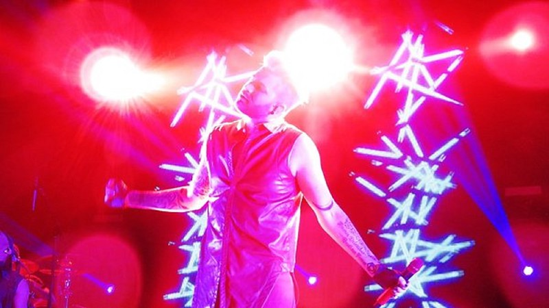 Hiro @Moimoisuomirock  @adamlambert Thank u so much to you,too, Adam! It was amazing show!!! I love it!!!! #theoriginalhightour #Helsinki