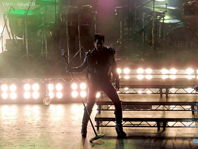 Queen & Adam Lambert - Hammersmith Apollo UK - 7/12/12