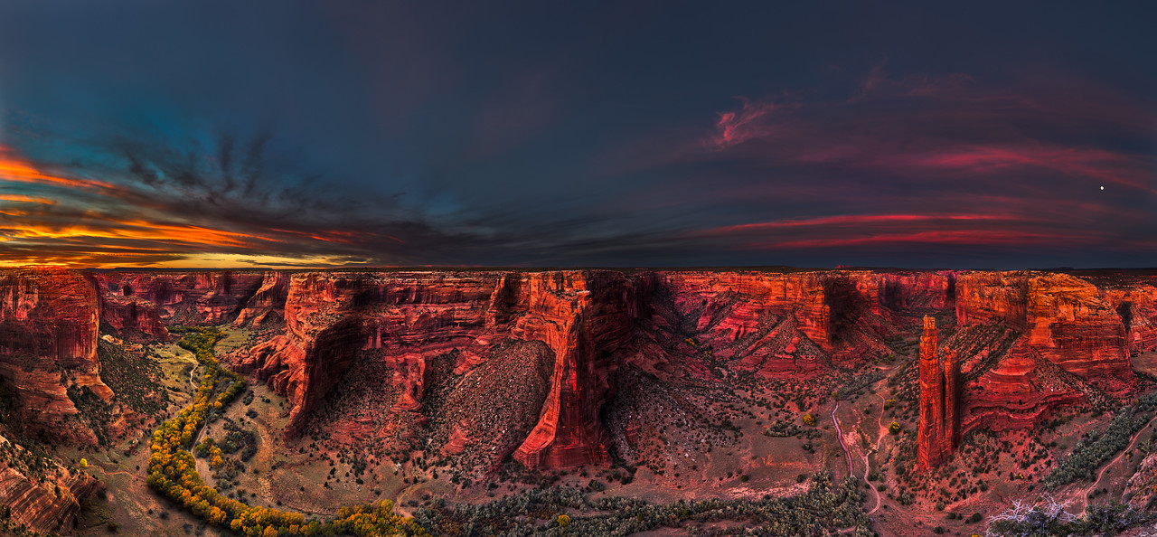 Canyon de Chelly under a glowing sunset