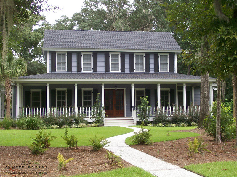 The Lyttleton Plan by Allison Ramsey Architects built at Coosaw Point in Beaufort, South Carolina. This plan is 3510 Heated Square Feet, 4 Bedrooms, Den and 3 1/2 Bathrooms.