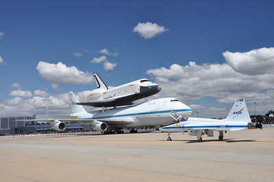 Shuttle Fly-By 4-27-12 - Photo by Ed Gray 015