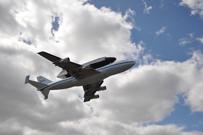 Shuttle Fly-By 4-27-12 - Photo by Ed Gray 003