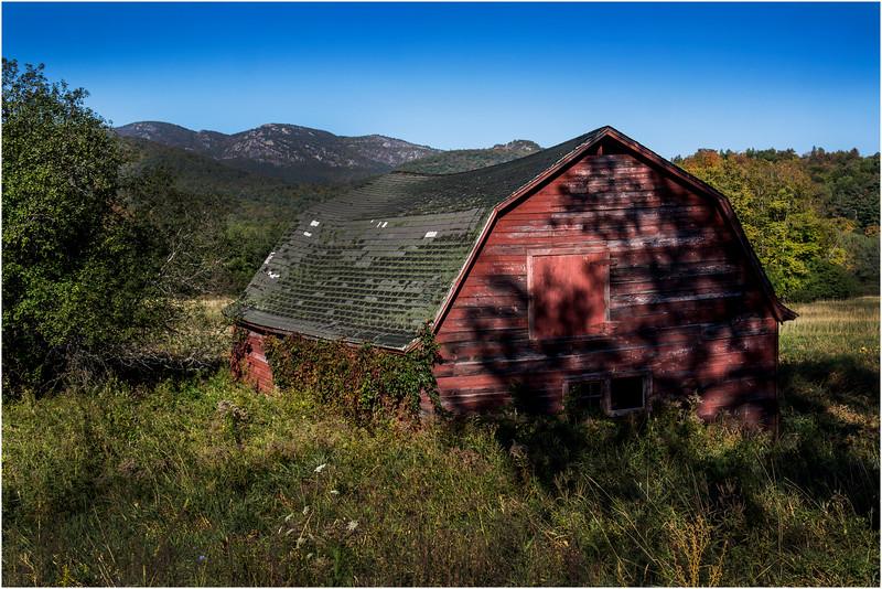 Adirondacks Keene Valley September 2015 Keene Barn 11