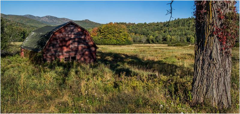 Adirondacks Keene Valley September 2015 Keene Barn 2