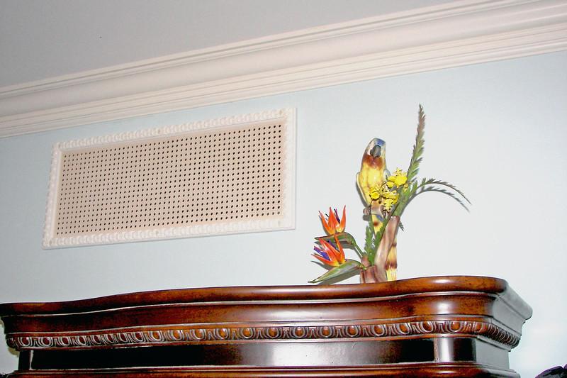 disneyland dream suite 3 master bedroom 1 decor (5)
