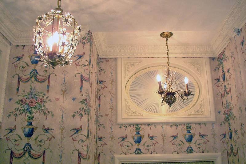 disneyland dream suite 3 master bedroom 5 powder room (5)
