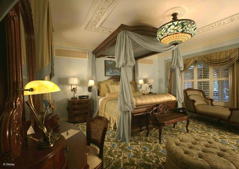 DREAM SUITE MASTER BEDROOM