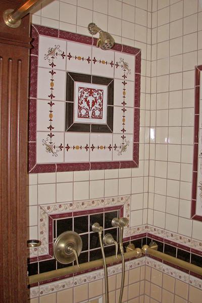 disneyland dream suite 4 second bedroom 4 bathroom (2)