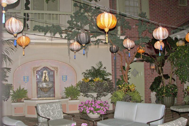 disneyland dream suite 6 patio (2)