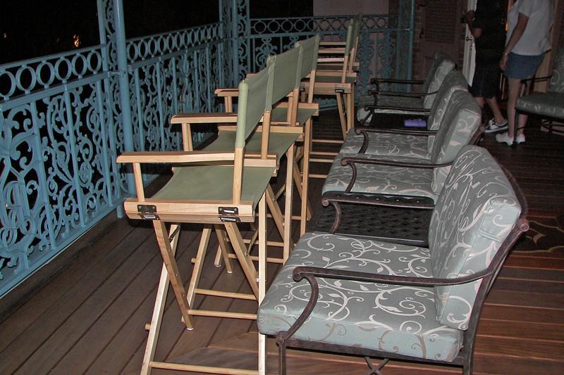 disneyland dream suite 5 balcony (4)