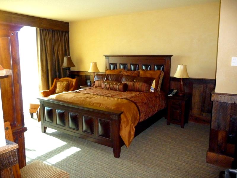 20110602_big_thunder_suite_disneyland_hotel_0_official (3)