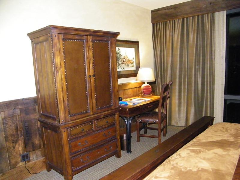 20110602_big_thunder_suite_disneyland_hotel_4_master (2)