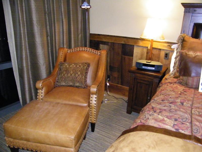 20110602_big_thunder_suite_disneyland_hotel_4_master (4)
