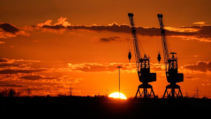 20160331 Sunset Cranes
