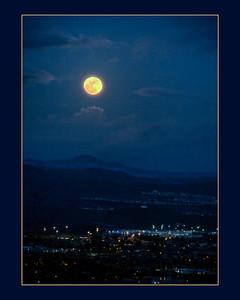 Shoot the Moon in the Dublin Hills