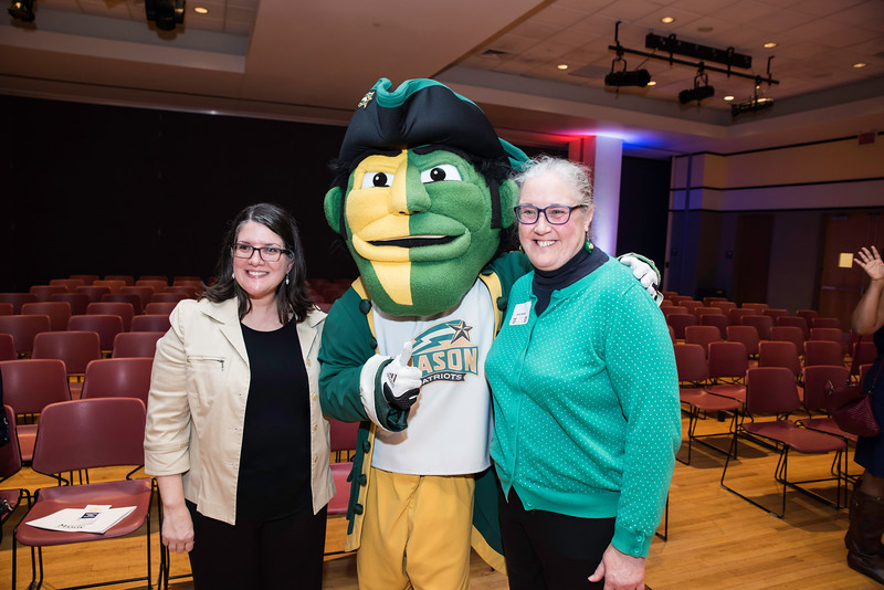 Amy Snyder and Janet Walker.  Photo by:  Ron Aira/Creative Services/George Mason University