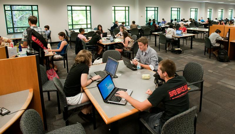 Johnson Center, Fairfax Campus, student life.  Photo by Creative Services/George Mason University