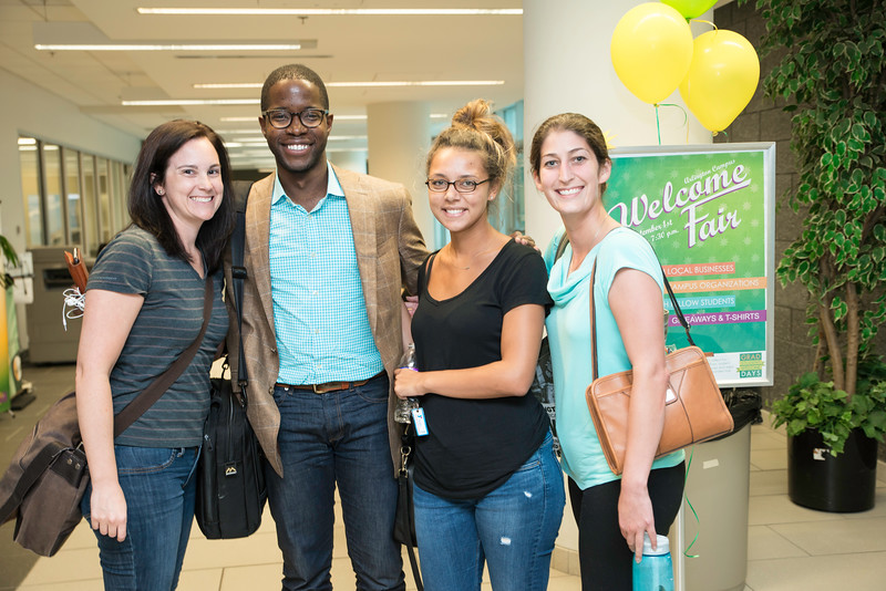 Arlington Campus Welcome Fair 2016. Photo by:  Ron Aira/Creative Services/George Mason University