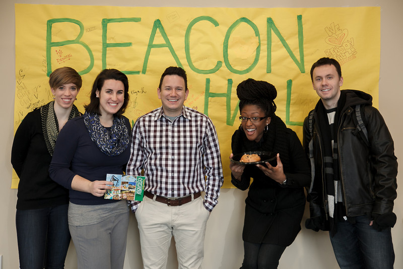 Students enjoy breakfast at Beacon Hall