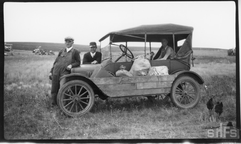 [Model T with a homemade side compartment, Greening]