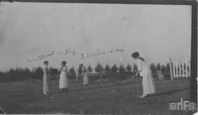 [Miss Stewart, Tilly, Mrs. J. Richardson and Mildred Nixon playing croquet]
