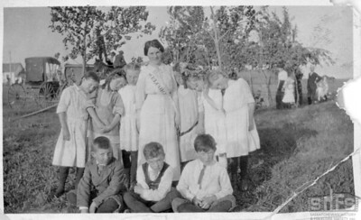 [Margaret Bryce with her Sunday school pupils]